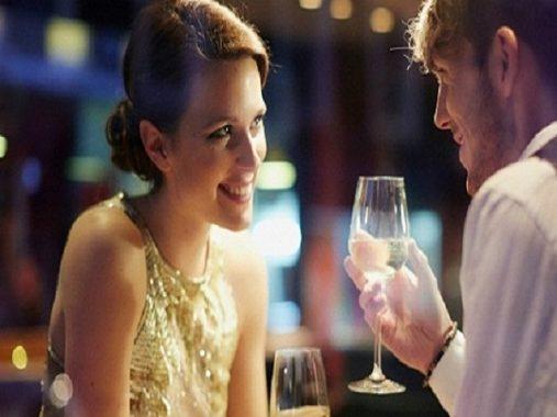 Top 3 cung hoàng đạo cực thích hẹn hò qua mạng