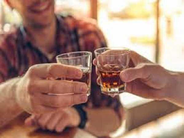 Mơ thấy uống rượu nên đánh con số mấy?