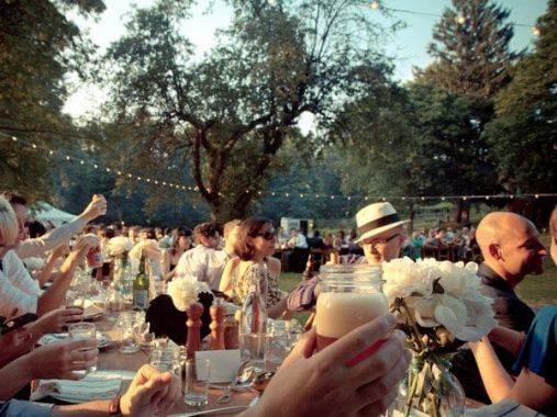 Giải mã giấc mơ thấy ăn tiệc đánh lô đề số mấy dễ trúng?